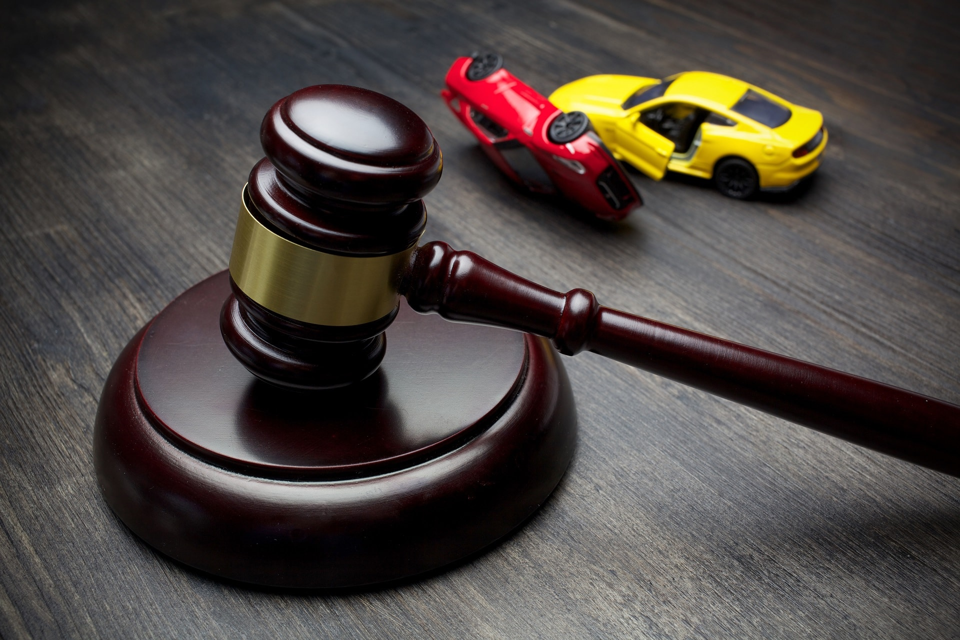 3 Reasons to Work With a California Auto Accident Lawyer