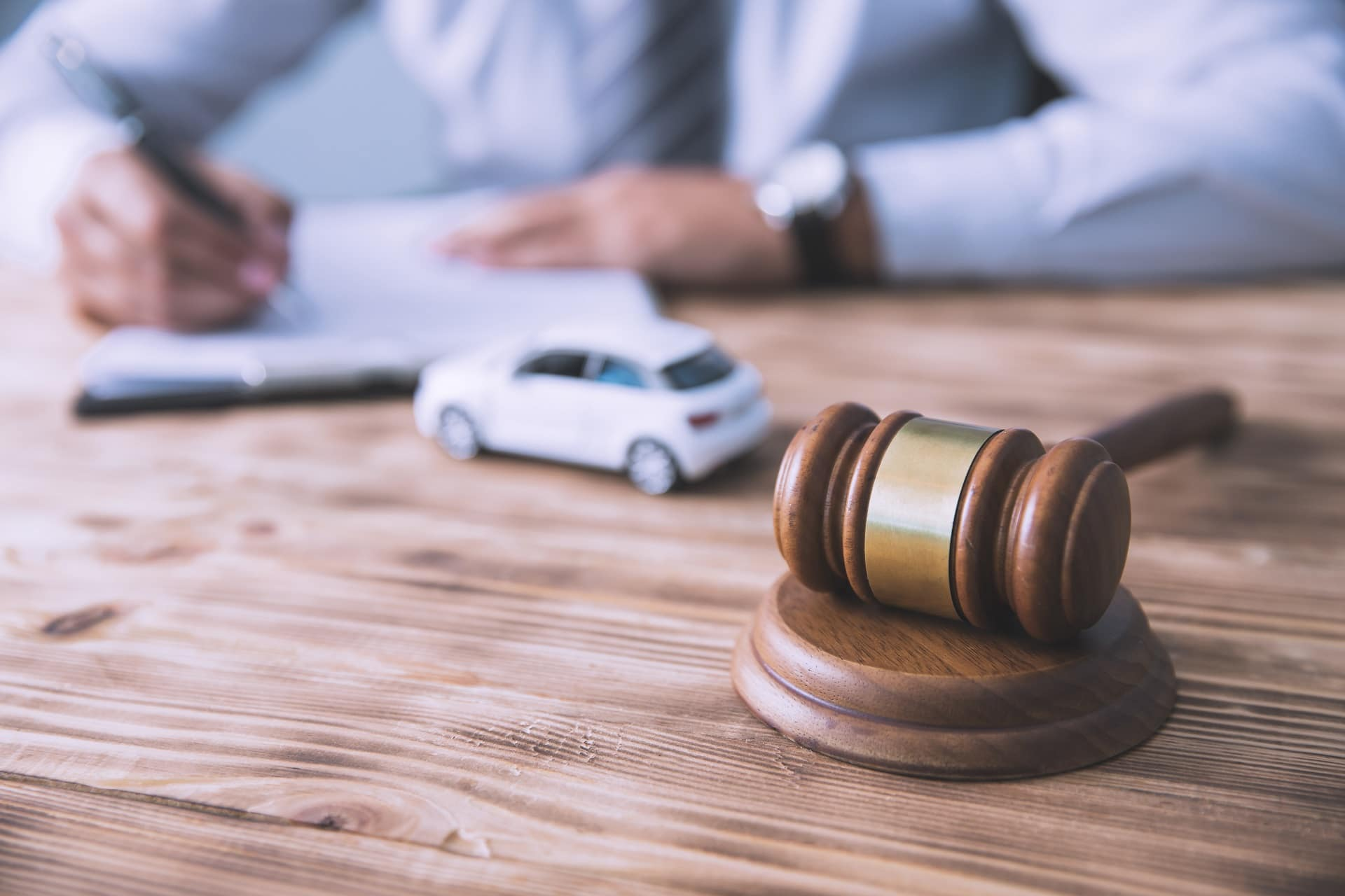 4 Questions to Ask an Auto Accident Lawyer in Riverside County