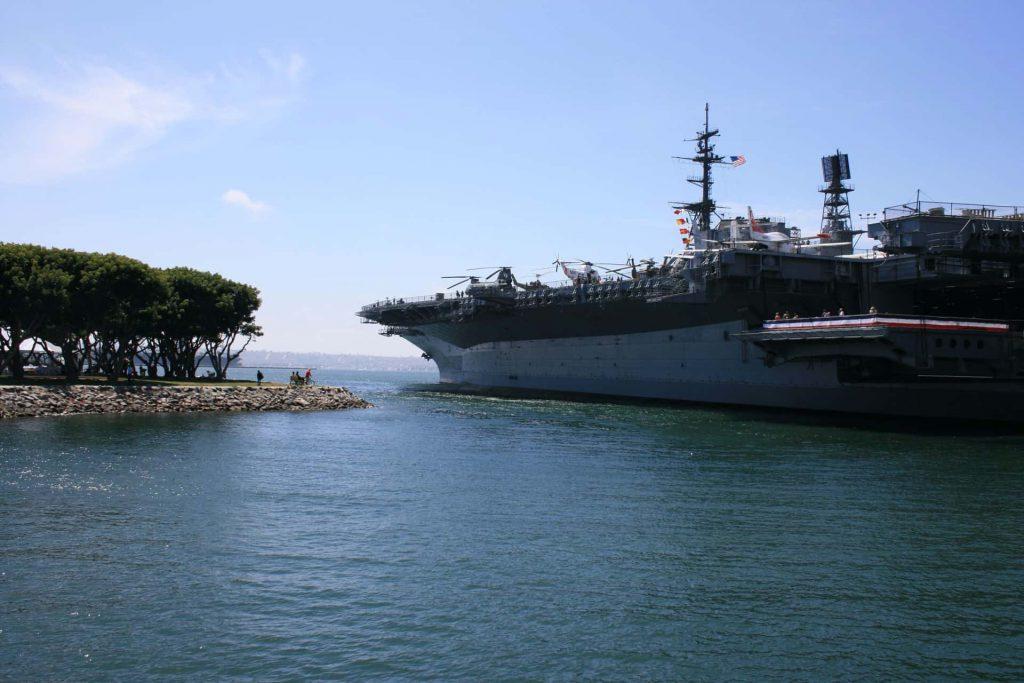Image of a U.S. Navy ship
