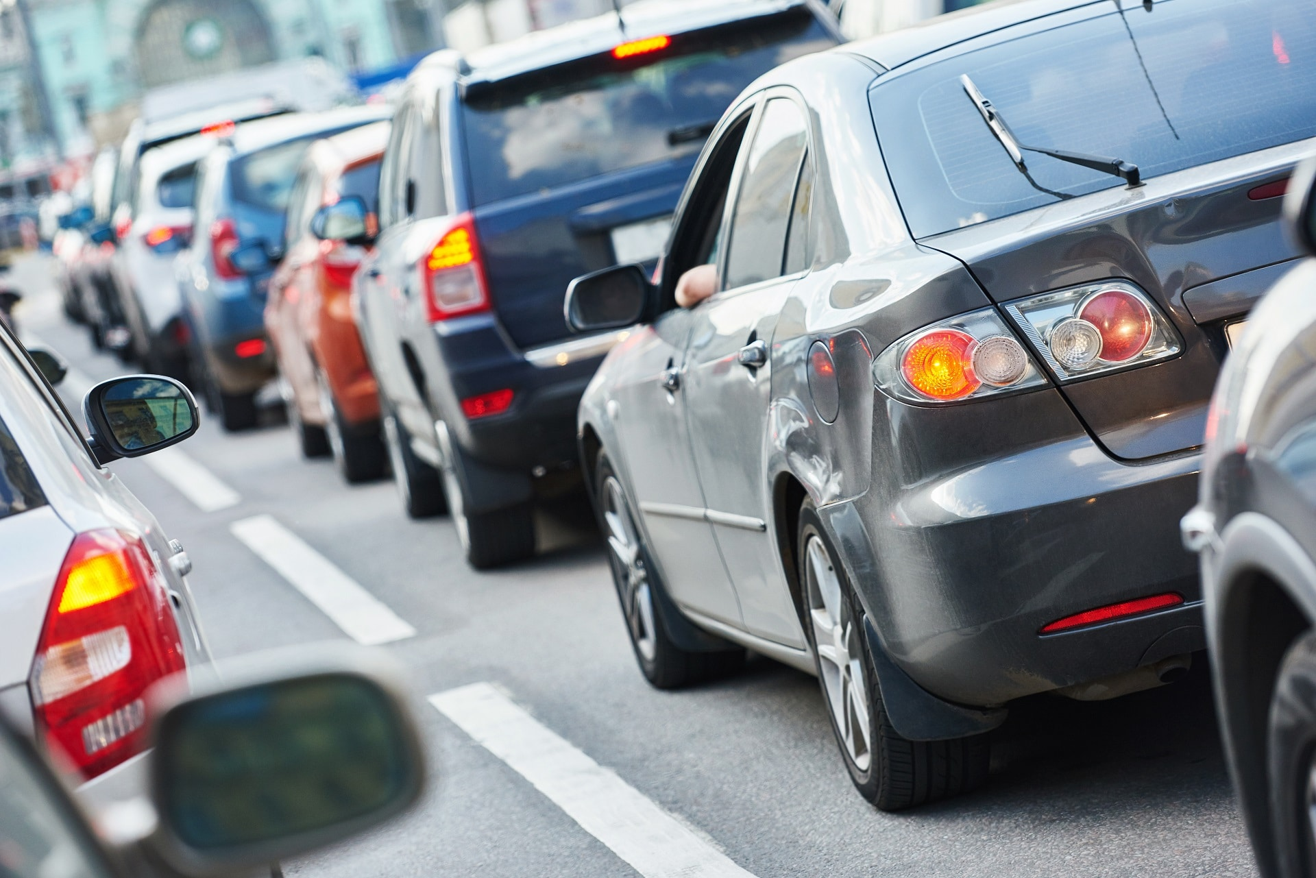 What is the Riskiest Time of Year for Auto Accidents in Southern California?